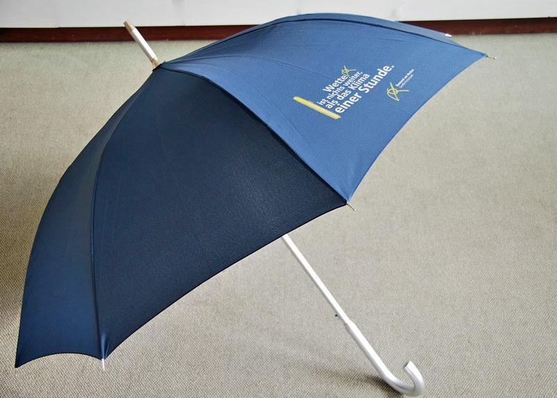 Schirm mit Zitat