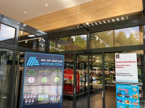 Neueröffnung ALDI in Aldingen: Eingangsbereich