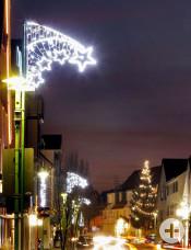 Aldingen erstrahlt jeden Abend in weihnachtlichem Glanz. (Foto: Michael Fuchs)