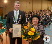 Die Alexandrine-von-Beroldingen-Medaille wurde an Helga Schlieter verliehen. Foto: Oliver Bürkle